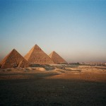Egypt-Cairo-Giza-the-Pyramids-2-BG